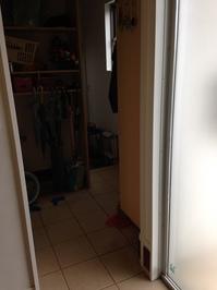 4玄関から玄関収納.JPG