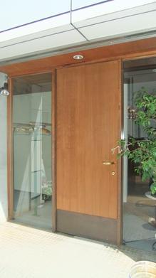 ラ・フェーヴ玄関ドア.JPG