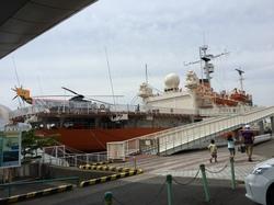 南極観測船富士1.JPG