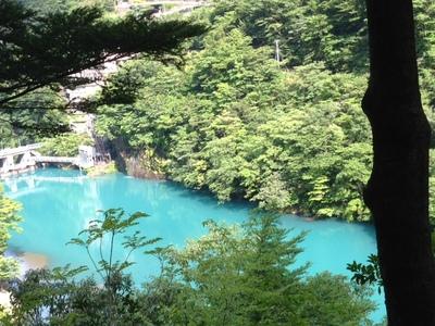 寸又峡ダム湖.jpeg