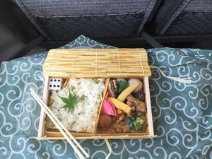 米原のお弁当.JPG