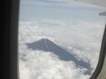 1飛行機から富士山.JPGのサムネール画像