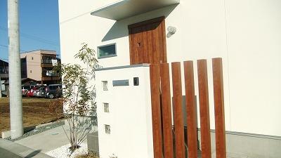 写真4・I邸機能門塀完了修正.jpg