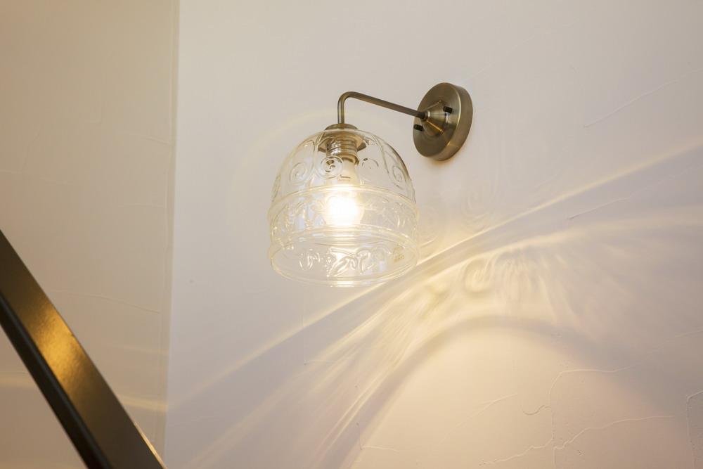 クラシカルなデザインの照明