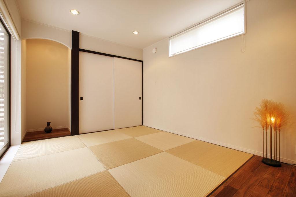 すっきりとした印象の和室