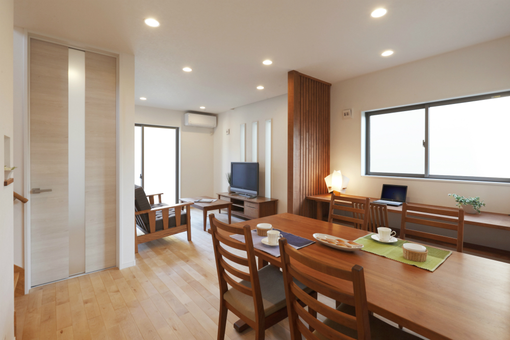 コンパクトな空間でも広々と感じられる家