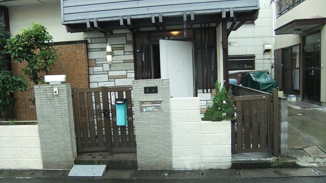 玄関前門塀