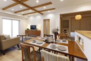 OPEN HOUSE in 三島「周りが囲まれたって明るく通風が良い 子供と成長していく家」