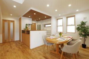 OPEN HOUSE in沼津「スッキリとした飽きの来ない外観と大型収納が魅力 明るく風通しの良い住まい」