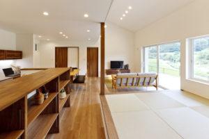 オーナー様宅見学会 「開放感あふれるリビングのある 自然素材の家」