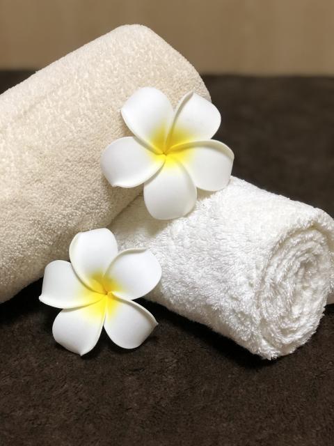 ハワイのマッサージ「ロミロミ」