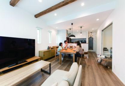 趣味室にホームライブラリー 暮らしを存分に楽しむ住まい