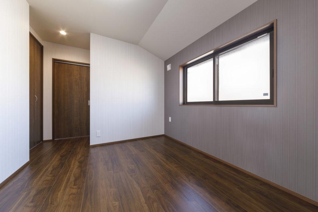 子世帯主寝室