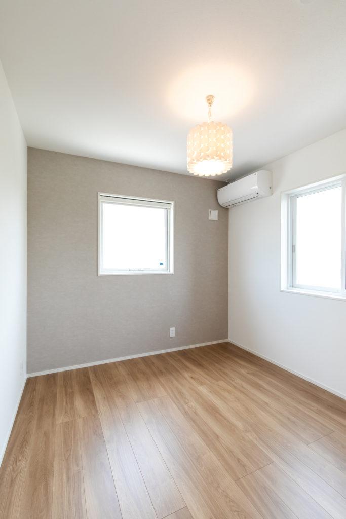 優しい雰囲気の個室